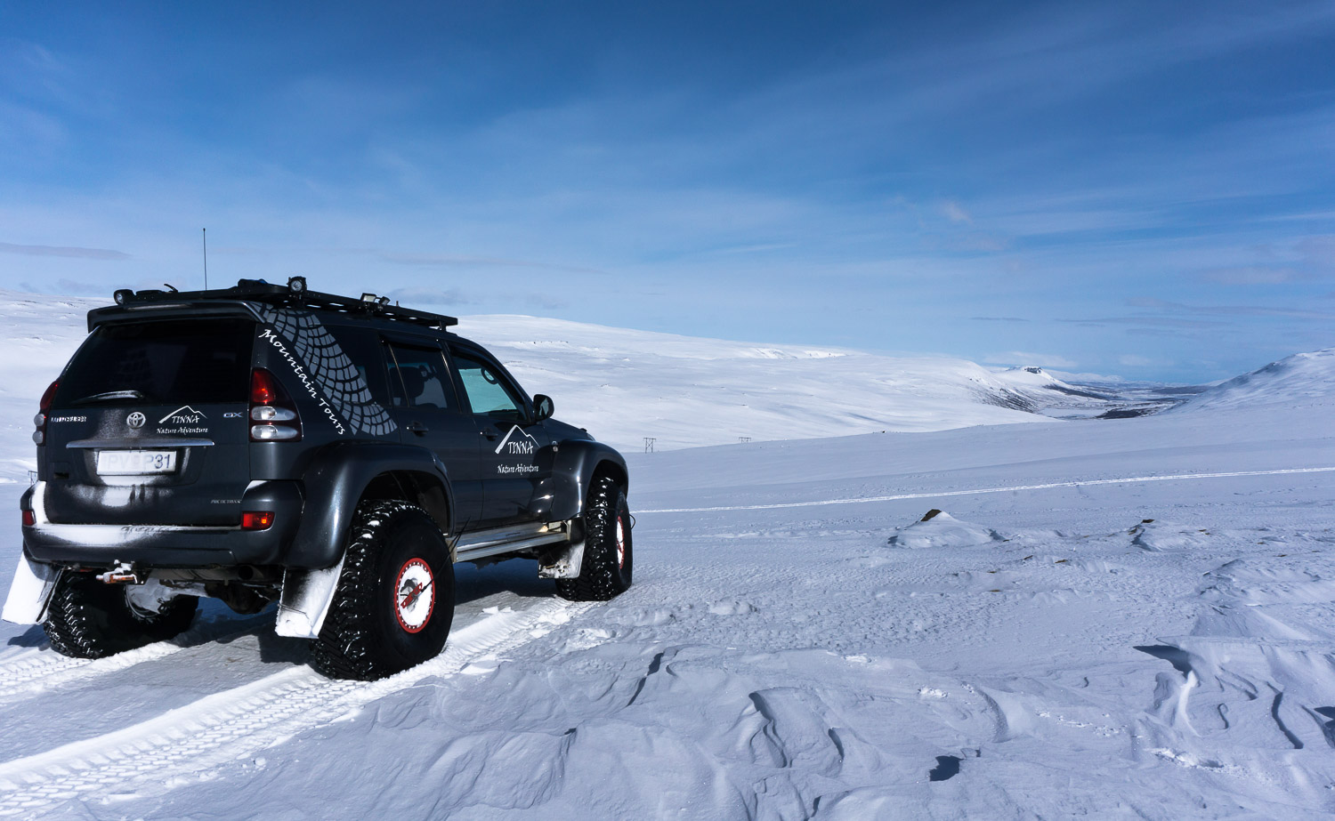 Snow, Super Jeep, Guided tours, East Iceland, Austurland, mountain, snow, media
